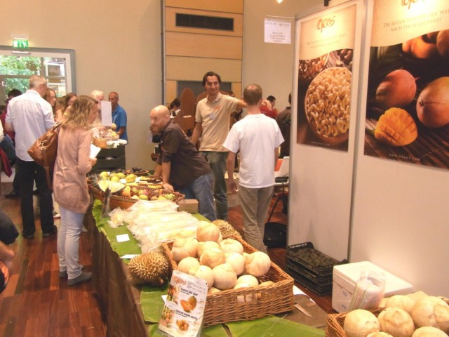 Messestand_Orkos