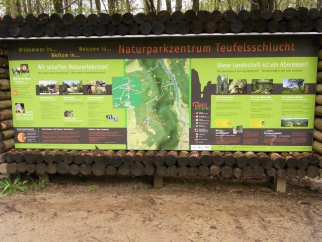Tafel_Naturparkzentrum_Teufelsschlucht
