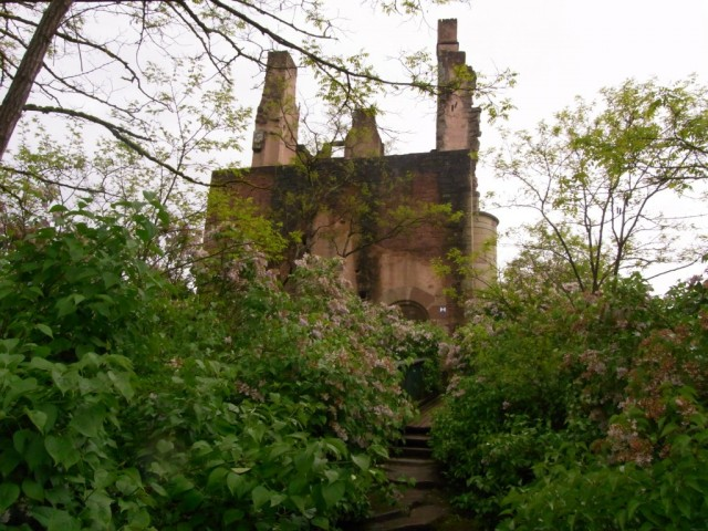Burg_Ramstein