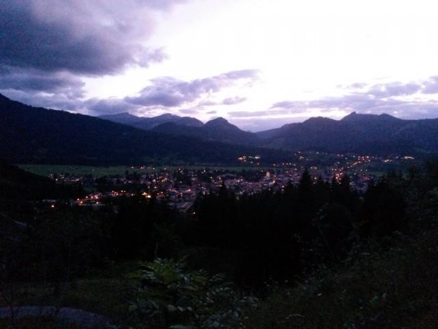 Oberstdorf_in_der_Daemmerung