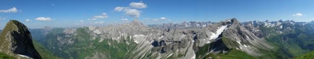 Panorama_Vorgipfel_Schneck
