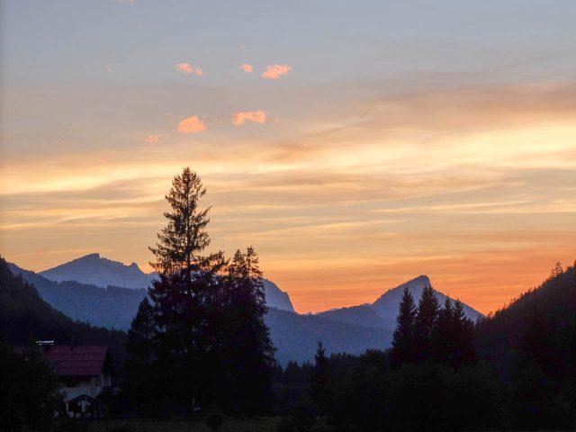 Berge_in_der_Abenddaemmerung_3