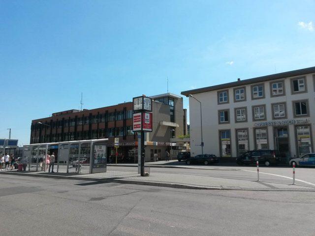 Trier_Bahnhof_Bushaltestelle